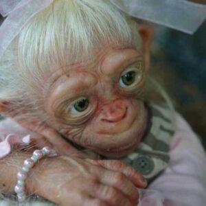 Ape Alice: White Hair Realistic Reborn Ape Doll - Kiss Reborn